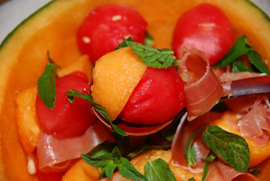 Салат 'Танец больших ягод'