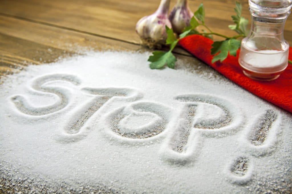Чем вредна соль